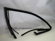 Audi A8 D2 97-02 pre-facelift OS right front rubber door seal door mounted