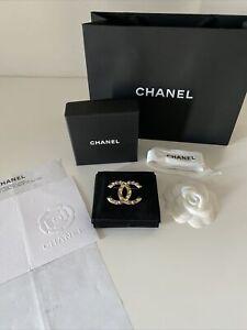 Chanel Brooch Gold Brass NEW
