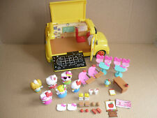 Hello Kitty School Bus Excellent with 6 Figures & Accessories