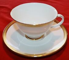 Lovely 12 pc Set Royal Doulton (6) Tea Cups & (6) Saucers Royal Gold Pattern