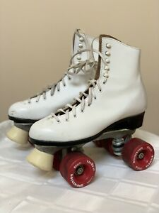 VTG Dominion Canada White  Roller Skates W/ Box Women's sz 8