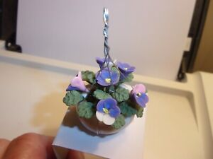 BEAUTIFUL HANGING PLANT OF FLOWERS  -   DOLL HOUSE MINIATURE