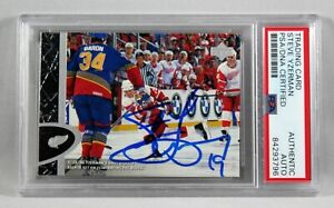 1996 UPPER DECK #50 STEVE YZERMAN SIGNED CARD PSA AUTOGRAPHED AUTHENTIC NHL UD