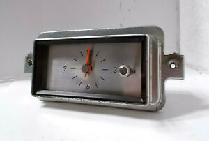 1966 67 68 69 Lincoln Continental Clock Beautiful. Serviced and Works Perfectly