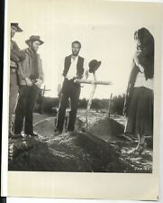 paul newman in the life and times of judge roy bean 1970s era movie pic 8x10
