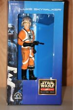 STAR WARS COLLECTOR SERIES COLLECTIBLE FIGURINE - LARGE