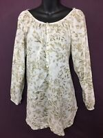 H&M Womens Beige Floral Convertible Sleeve Blouse! Boat Neck, 5 Buttons. Size 4