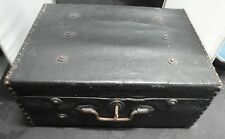 VICTORIAN WOODEN & CANVAS COVERED TRAVELING CASE WITH BRASS STUDS & HANDLE