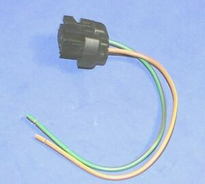 A/C Cycling Switch  Connector 83-95 Ford Crown Victoria Marquis Cougar Mustang