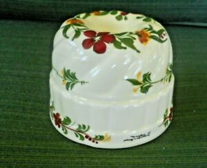 VTG. PORTUGUESE HAND PAINTED CERAMIC JELLO MOLD OR WALL HANGING
