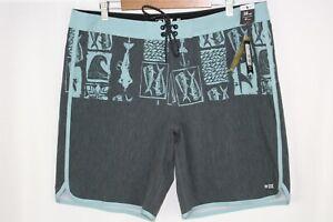 Salty Crew Men's Cut Out Board Shorts Size 38 Vintage Black