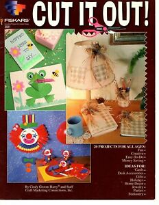 Fiskars - Cut it Out - 20 Projects for Cards, Parties, Stationary & Scrapbooking