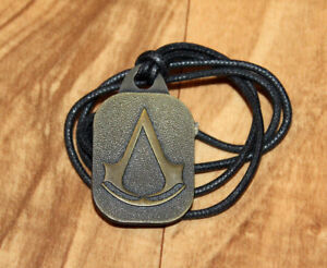 Assassin's Creed Rare Old Metal Pendant Necklace Xbox 360 PS3 Collectible