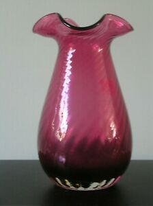 """A  PRETTY VICTORIAN CRANBERRY GLASS VASE WITH WAVY RIM: 8"""" TALL: VG CONDITION"""