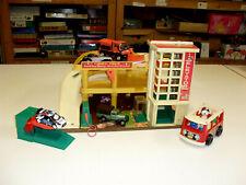 fisher price garage jouet ancien vintage autos miniatures bus norev dinky toys
