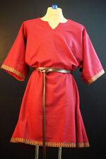 Costumes médiévaux rouge
