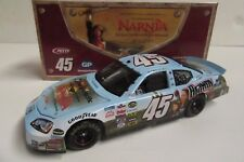 1/24 Kyle Petty #45 Georgia Pacific / NARNIA 2005 NASCAR Diecast Car