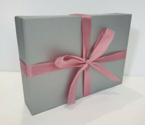 SILVER A5 GIFT BOX WITH PINK RIBBON 🎀 BIRTHDAY 🎈SPECIAL OCCASION BABY SHOWER