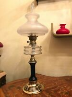 Antique Brass Oil Kerosene Lamp Beautiful Glass Shade