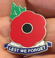 LEST WE FORGET REMEMBRANCE DAY POPPY ENAMEL PIN BADGE
