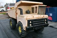 Mighty Tonka Dump Truck - pressed steel - Construction 2nd listed