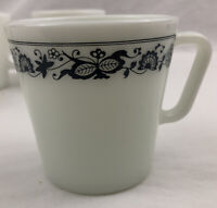 Vintage Pyrex Corning Coffee Mugs Cups Old Town Blue Onion  Lot of 4