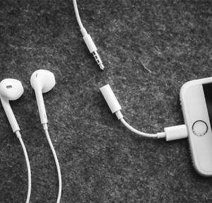 Kopfhörer Adapter AUX Klinke Lightning für Apple iPhone 7 8 Plus X XR XS 11 12