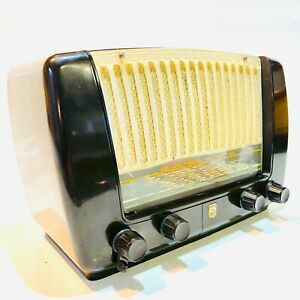 Philips Small Bakelite 'Kitchen' Radio 431A, c1953 Vintage, Attractive & Clean