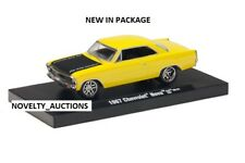 L31  M2 11228 04 MACHINES AUTO DRIVER 1967 CHEVROLET NOVA SS  1:64  YELLOW