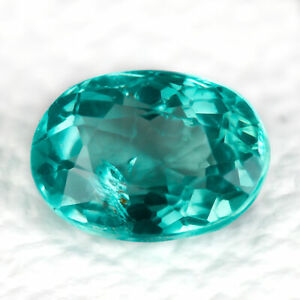 Apatite 1.01ct Bright greenish blue with a sparkling clarity. Calibrated 7.0x5.0