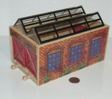 Thomas & Friends Wooden Railway Train Tank - The Works Double Engine Shed - 1996