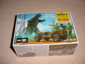 MPC ,1/25 , Godzilla & WILLYS Army Jeep Model Kit # 882M   (NISB)