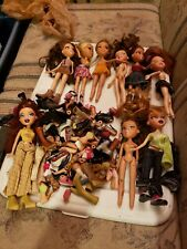 Huge Lot of 9 Dolls Bratz & Frenzy 2001 MGA Entertainment lots of Shoes