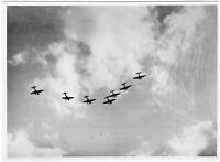 Stuka Ju 87 in Formation. Orig-Pressephoto um 1940