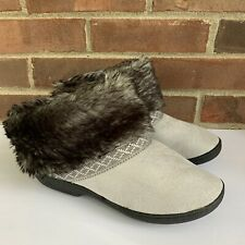 Isotoner faux fur lined boot slippers Women's Size US 7.5 - 8 Nearly New