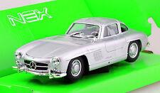 Mercedes 300 SL siber 1:24 Welly  Modellauto 24064