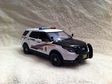 1/24 SCALE ALASKA STATE TROOPER FORD EXPLORER MODEL WITH WORKING LIGHTS/SIREN