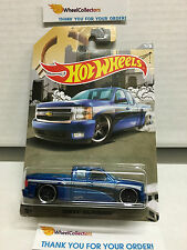 Chevy Silverado BLUE * 2016 Hot Wheels * Truck Series * bad card * G14