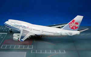 55786 Dragon Wings China Airlines Taiwan B 747 1:400 Scale Exclusive Plane Model