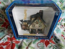 Holiday Time Village collectables BED and BREAKFAST Christmas Village lights up