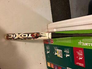 Worth toxic softball bat 34/27