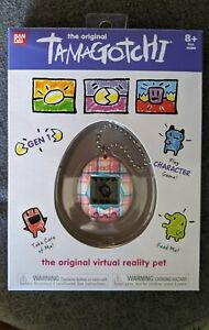 New Sealed The Original Tamagotchi Gen 1 Virtual Pet Pink Blue Plaid Game