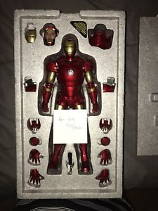 Hot Toys Iron Man Mark III Diecast MMS256-D07