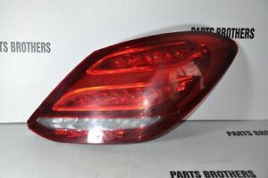 Mercedes Benz LED RIGHT TAIL LED LIGHT A 2059062102