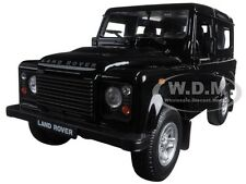 LAND ROVER DEFENDER BLACK 1:24 DIECAST MODEL CAR BY WELLY 22498