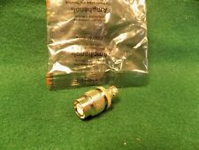 (1) Amphenol 79675 TNC MALE to BNC FEMALE RF Coaxial Adapter NOS