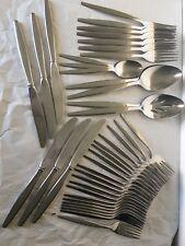 Gotham Stegor Stainless Steel Flatware Sandalwood Patter 40pc Misc