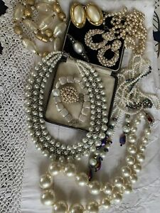 HUGE Mixed Job Lot Assorted Vintage 1950s/60s/70s PEARL Jewellery Lovely Con