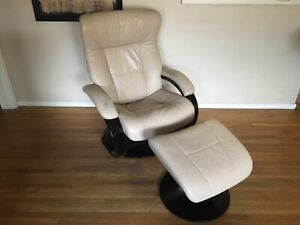 Hjellegjerde Fjords Muldal C-Base Recliner/Ottoman White Leather, Made in Norway