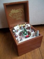 LOCOMOTIVE choo CHRISTMAS TRAIN roman Animated Rotating MUSIC BOX